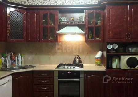 Продаётся 4-комнатная квартира, 74 м²