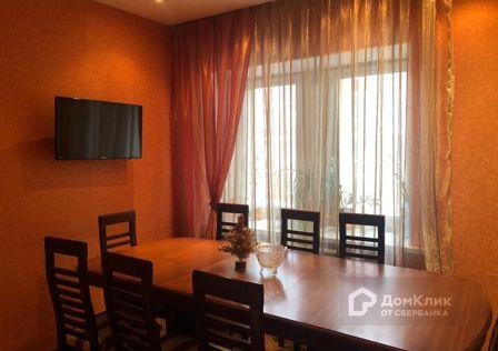 Продаётся 3-комнатная квартира, 121 м²