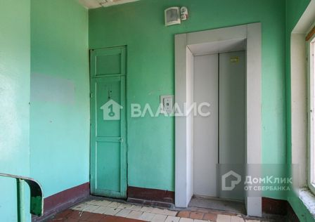 Продаётся комната в 1-комн. квартире