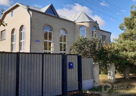 Продаётся 3-этажный дом, 460 м²