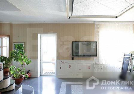 Продаётся 5-комнатная квартира, 145 м²