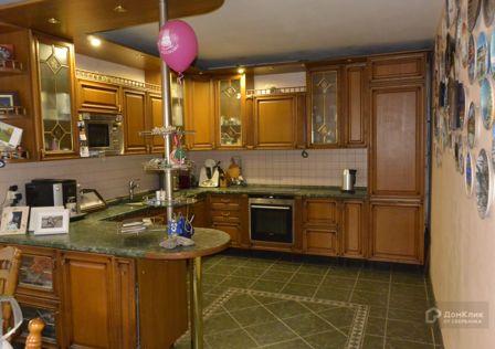 Продаётся 4-этажный дом, 391 м²