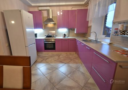 Продаётся таунхаус, 2-эт., 120 м²