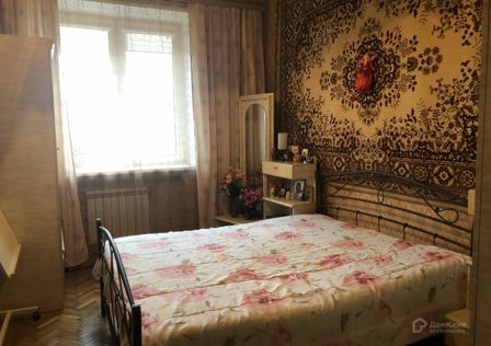 Продаётся 4-комнатная квартира, 104 м²