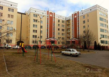 Продаётся 3-комнатная квартира, 135.8 м²
