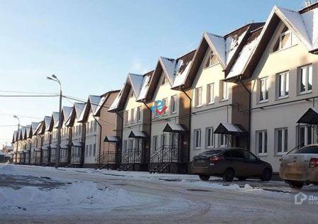 Продаётся 3-этажный дом, 112 м²