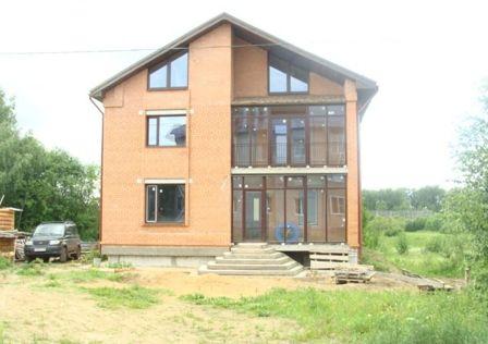 Продаётся 4-этажный дом, 339 м²