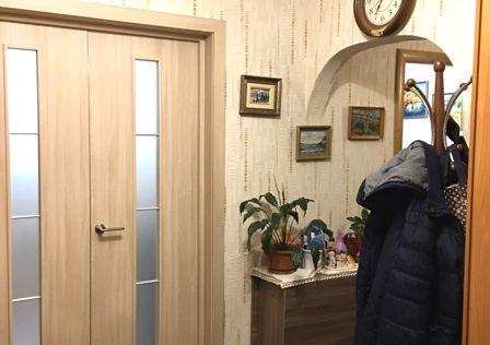 Продаётся 3-комнатная квартира, 63.5 м²