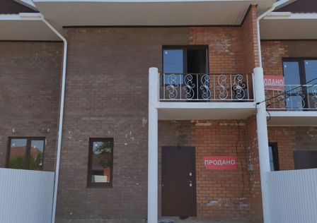 Продаётся таунхаус, 2-эт., 105 м²