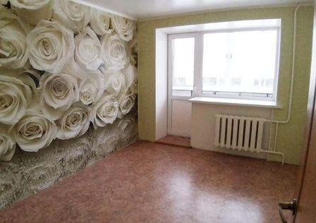 Продаётся 4-комнатная квартира, 60.8 м²