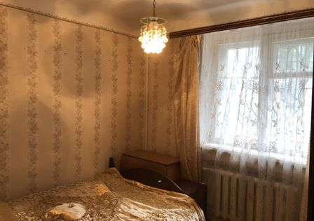 Продаётся 3-комнатная квартира, 42.5 м²