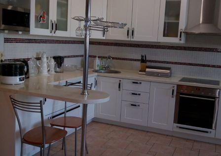 Продаётся 1-комнатная квартира, 73.9 м²