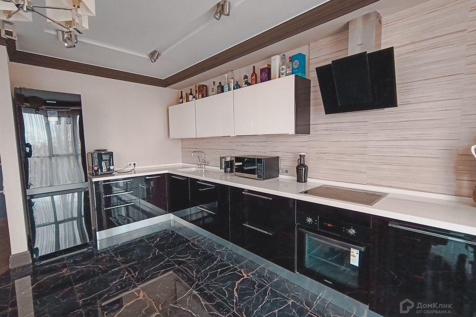 Продаётся 2-комнатная квартира, 96 м²