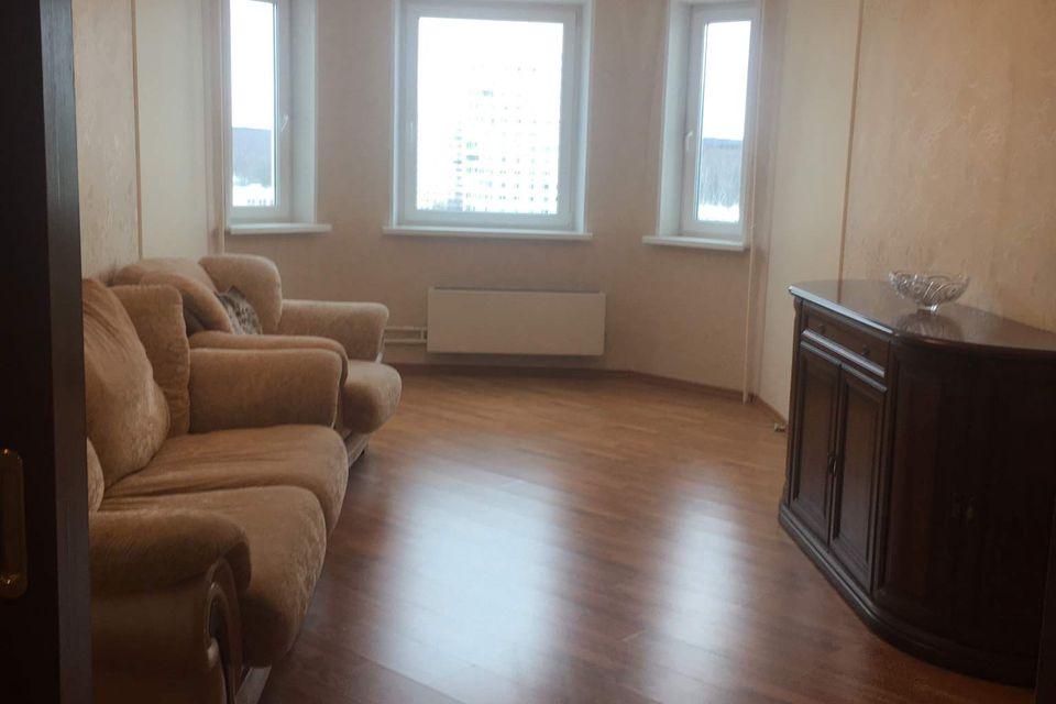 Продаётся 3-комнатная квартира, 77.9 м²