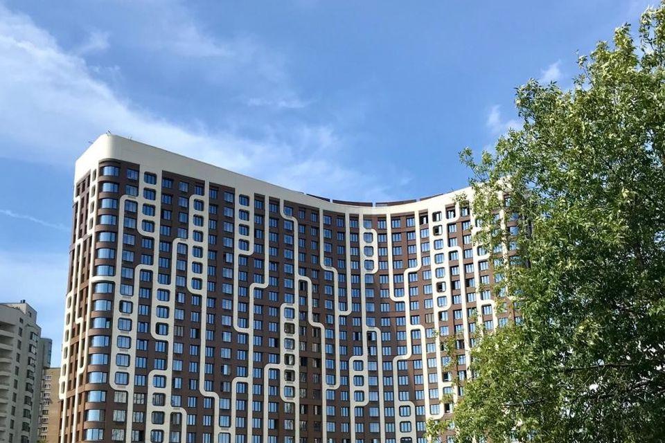 Продаётся 3-комнатная квартира, 118.57 м²