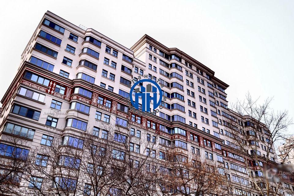 Продаётся 3-комнатная квартира, 113.3 м²
