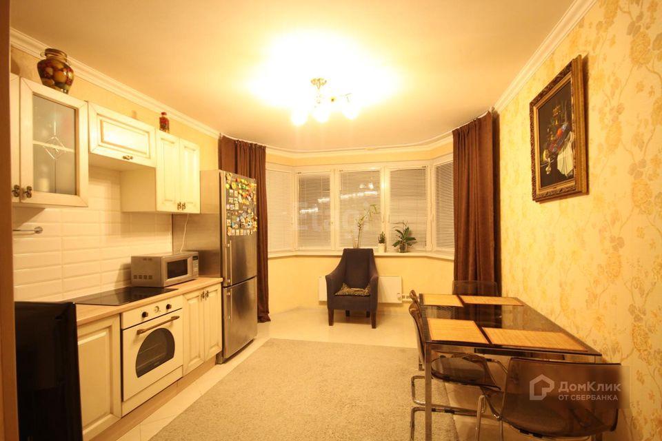 Продаётся 2-комнатная квартира, 59.6 м²