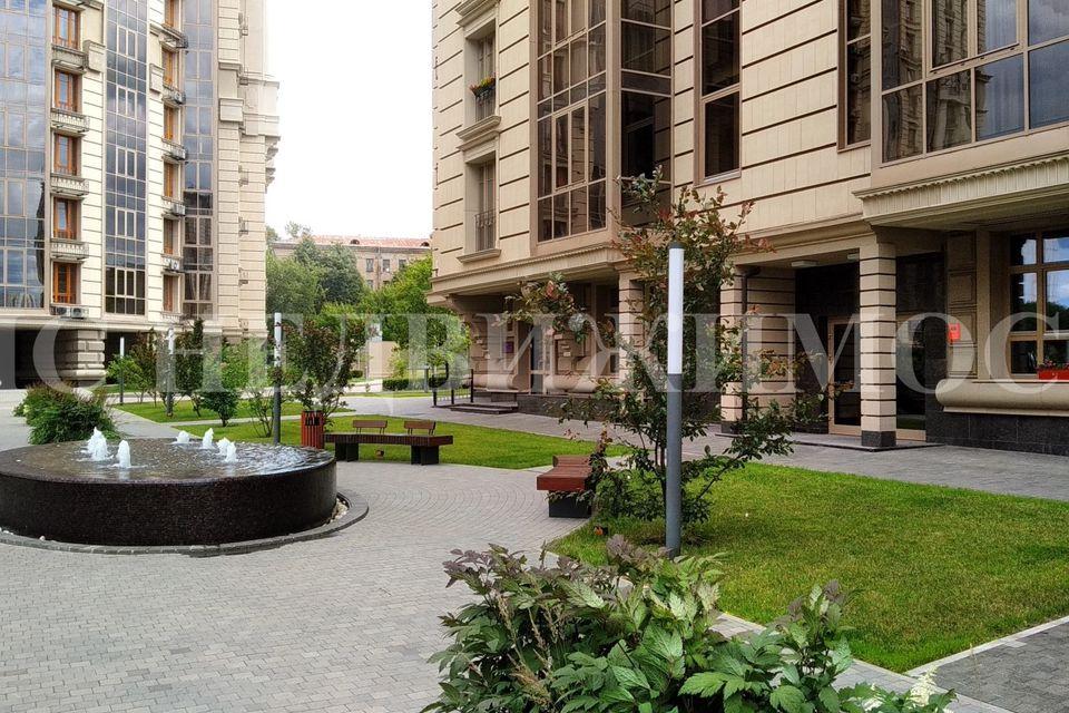 Продаётся 2-комнатная квартира, 75 м²