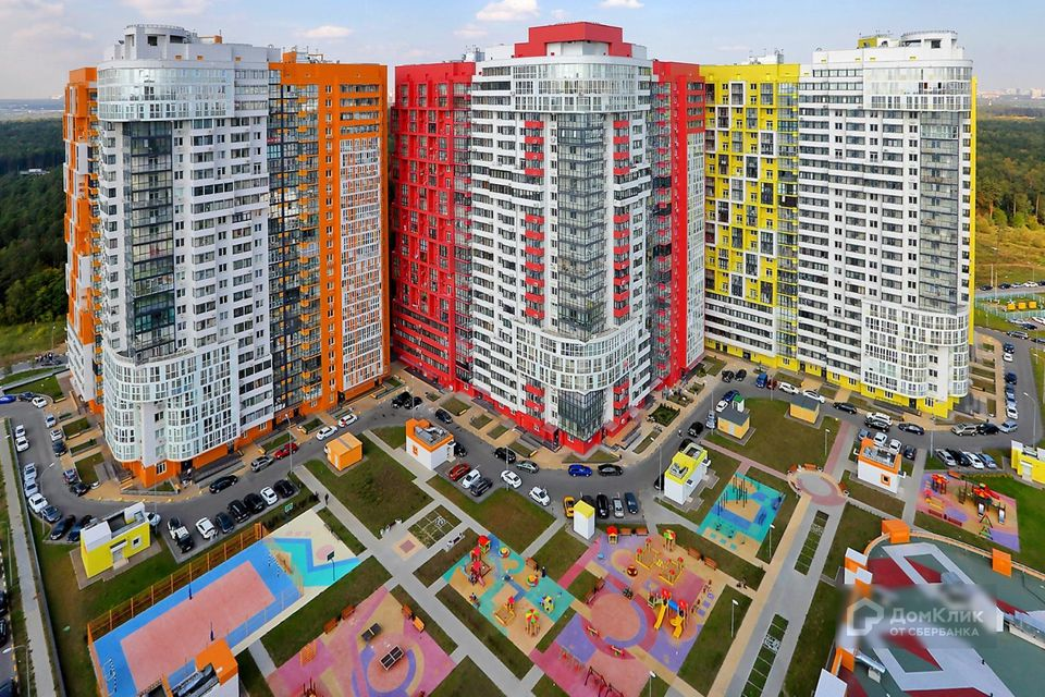 Продаётся 1-комнатная квартира, 58.3 м²
