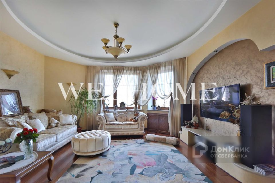 Продаётся 6-комнатная квартира, 247 м²