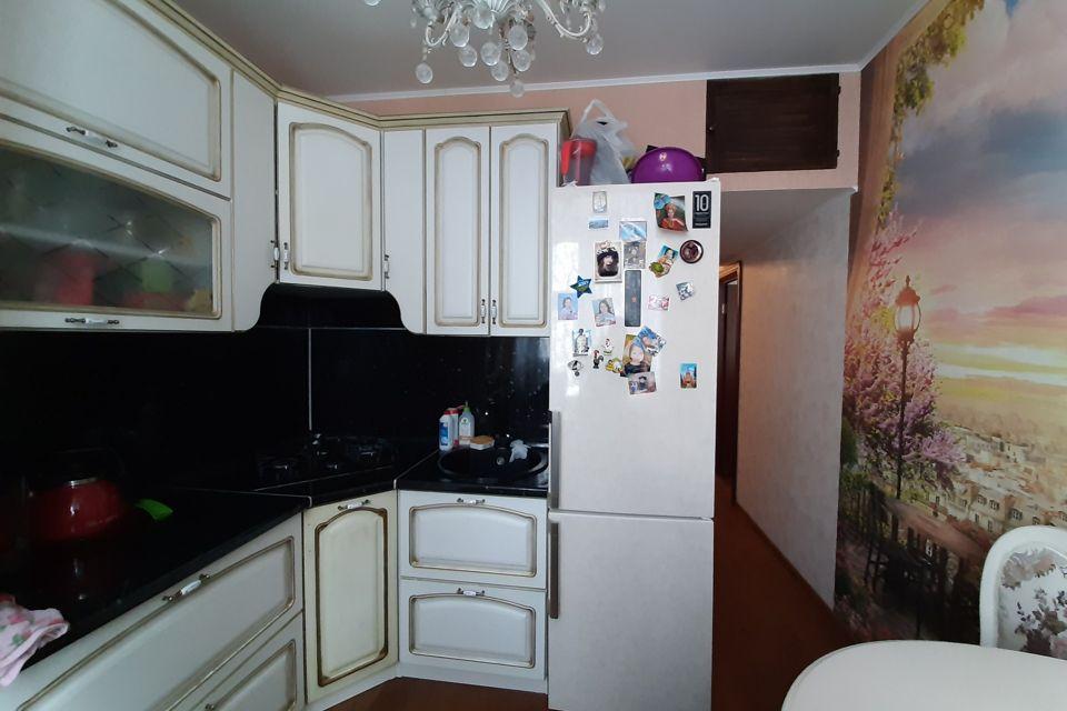 Продаётся 4-комнатная квартира, 79 м²