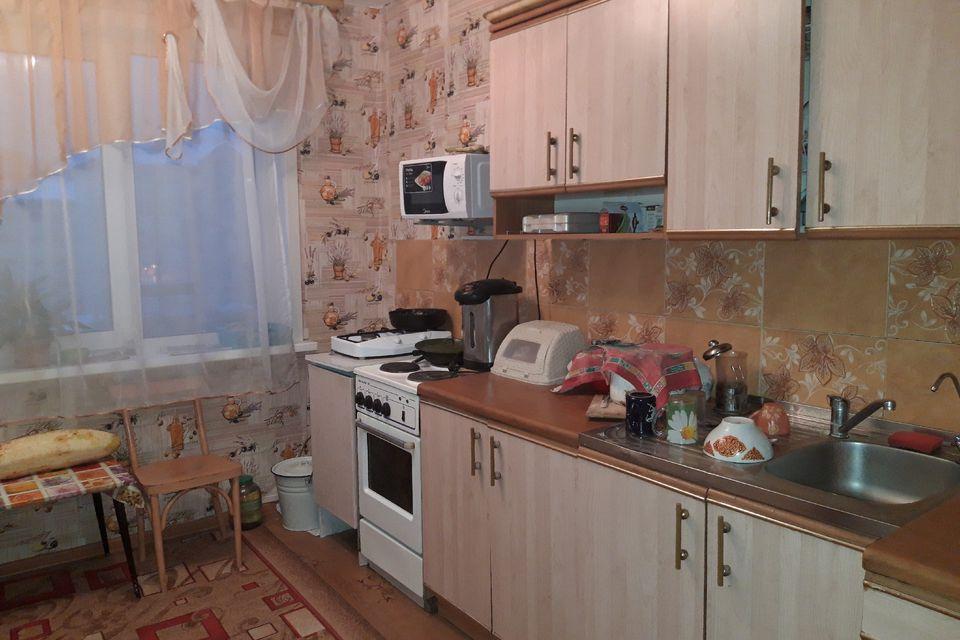 Продаётся 4-комнатная квартира, 81.2 м²